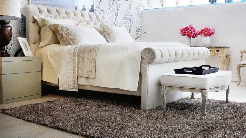 Copriletto comoda ed elegante biancheria da letto