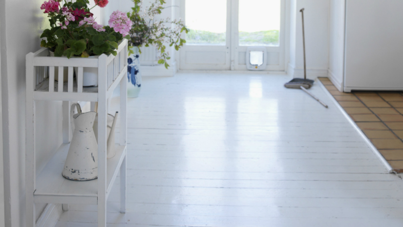 Witte vloeren rust uitstraling en mt korting  Westwing