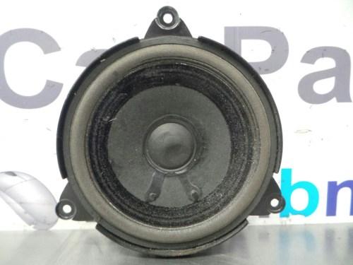 small resolution of bmw e46 3 series rear harman kardon speaker 65138378557