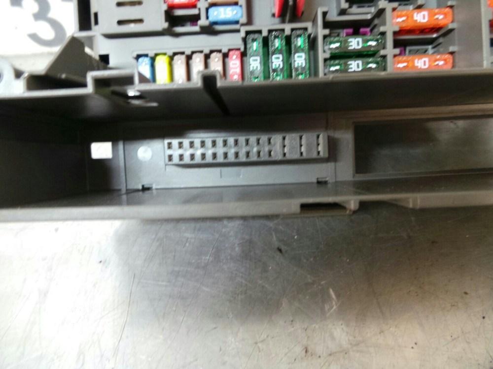 medium resolution of bmw e88 1 series fuse box 9119445 9119446