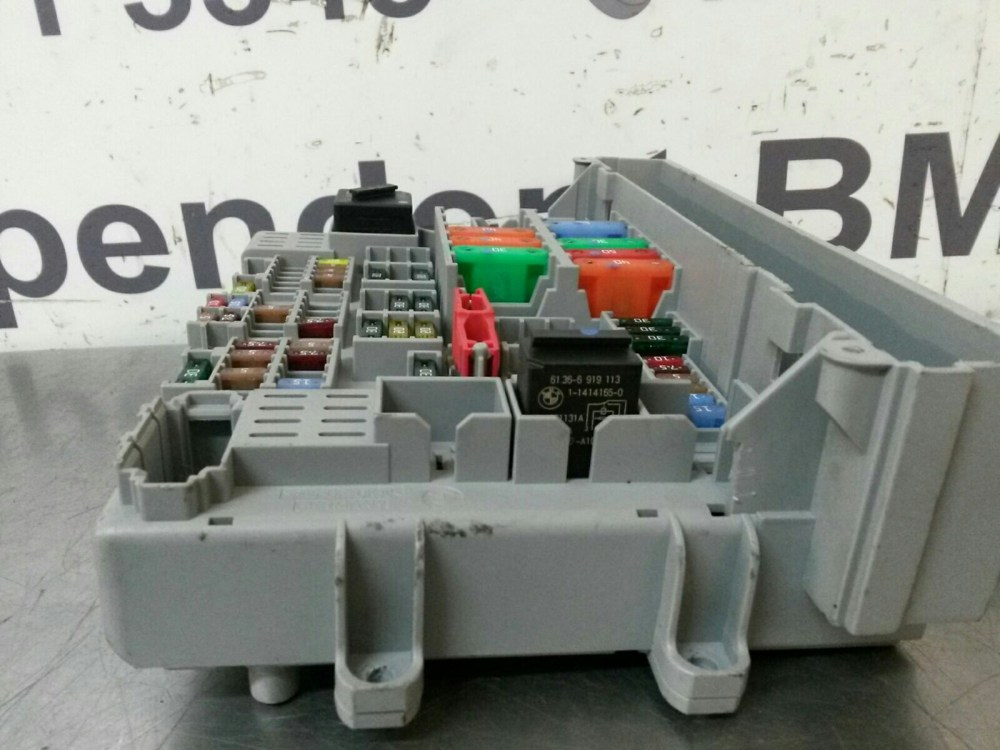 medium resolution of bmw e90 3 series fuse box 6978270 6906607 breaking for used and bmw e88 fuse box
