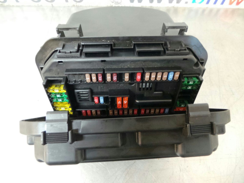 medium resolution of bmw f20 f22 f30 f32 1 2 3 4 fuse box 9224866