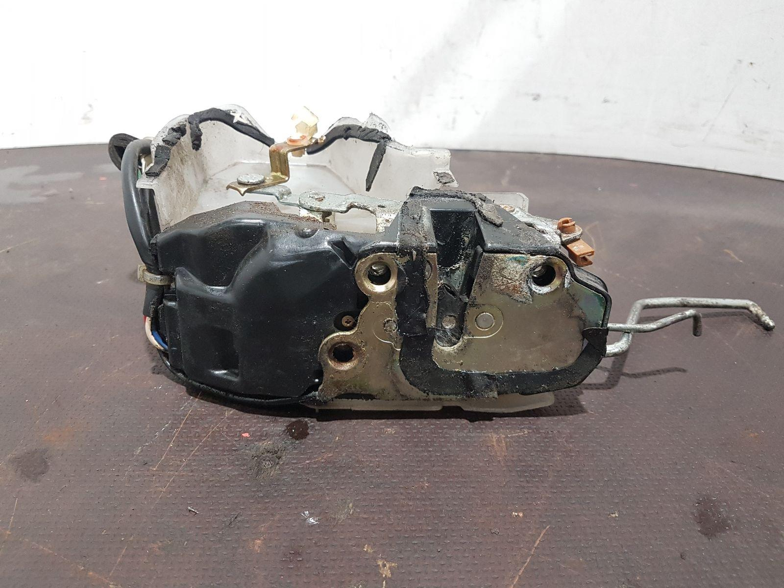 hight resolution of toyota mr2 mk2 1990 to 2000 n s left front door catch locking mechanism 1992