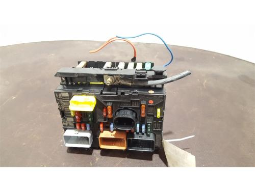 small resolution of peugeot 307 2005 to 2008 fuse box bsi bmi bcm body control unit 9661087080