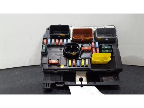 small resolution of peugeot 207 2009 on fuse box bsi bmi bcm body control unit 9667199780