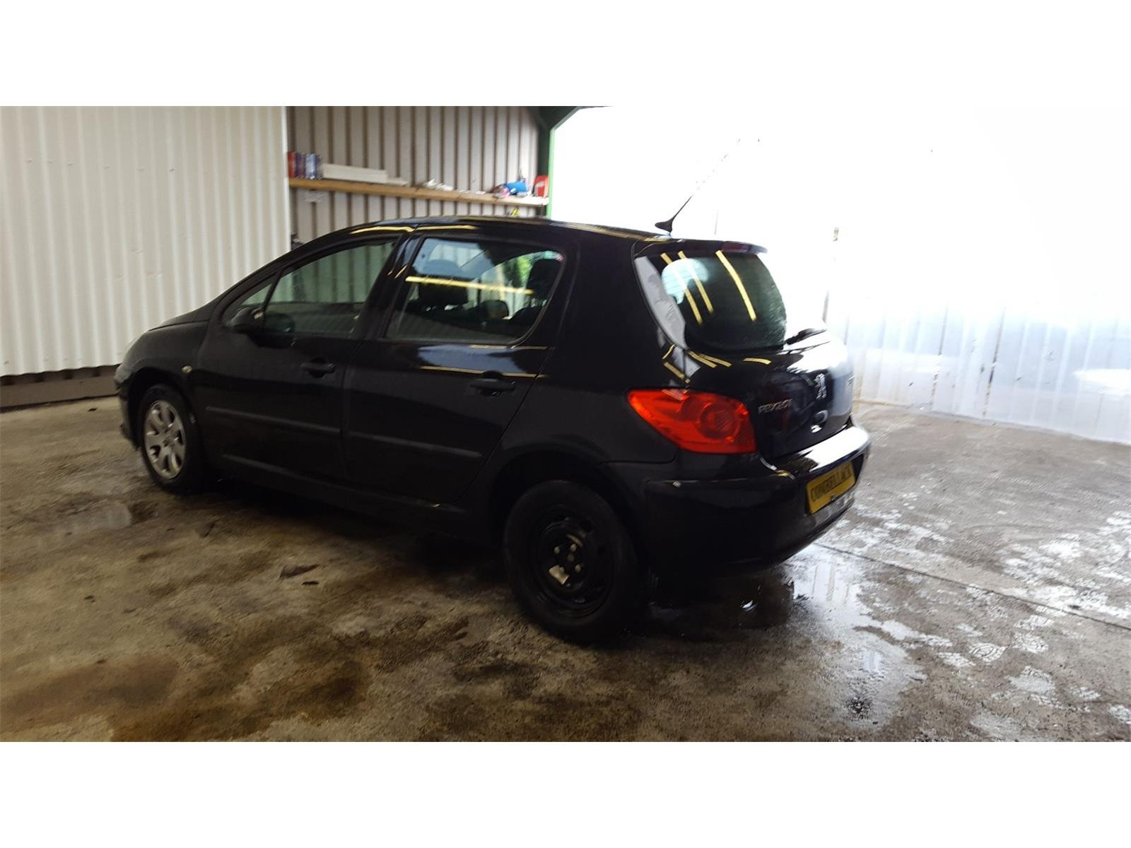 hight resolution of peugeot 307 2005 to 2008 s fuse and relay box 1 used and spare parts at