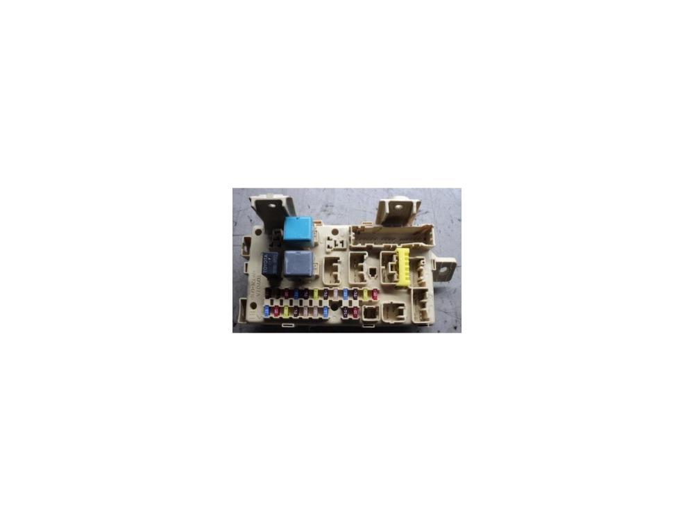 medium resolution of fuse board 2003 to 2007 toyota avensis petrol fuse box warranty 1120829