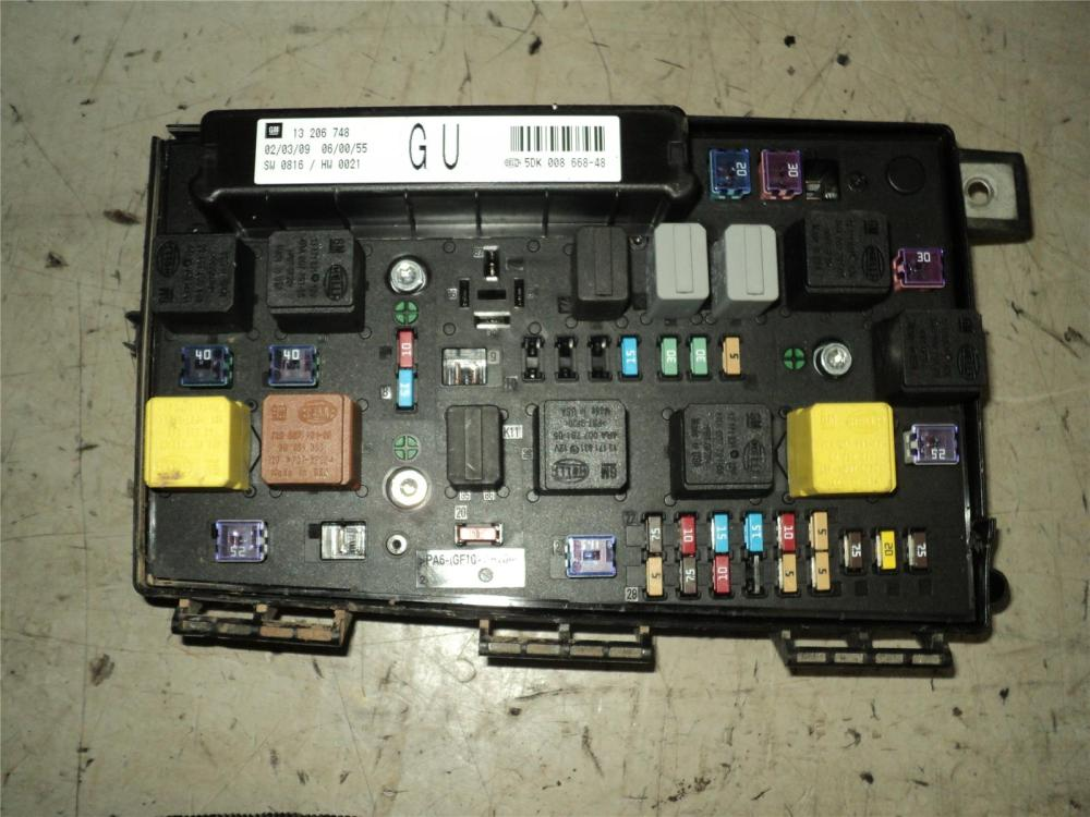 medium resolution of vauxhall astra 2006 to 2011 fuse box diesel manual for 55 coupe 55 coupe