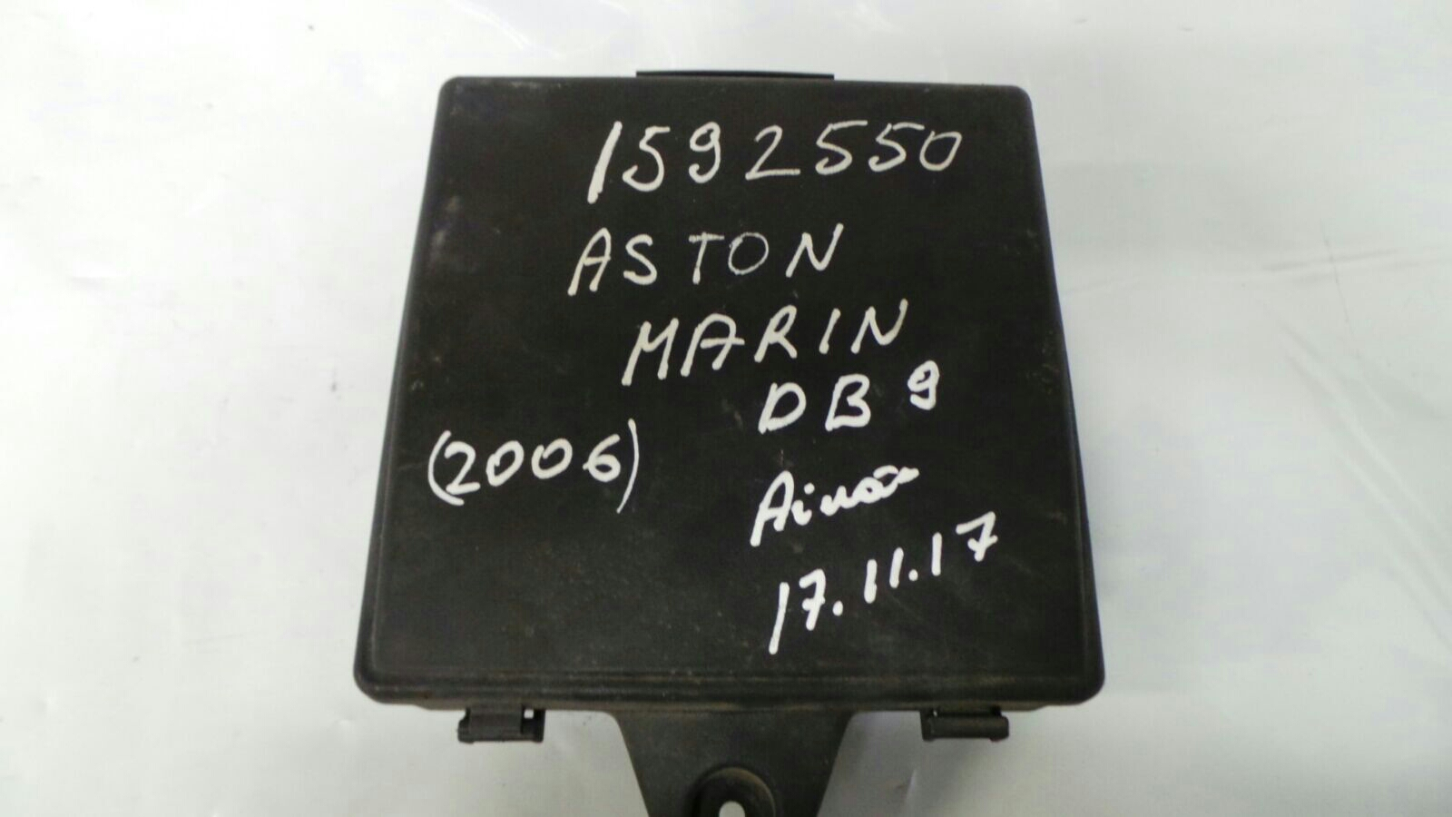 hight resolution of fuse box lid aston martin db9 6 0 v12 engine bay fuse box 35 way