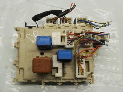 small resolution of  nissan almera 2000 2007 0n fuse relay box warranty 5156551
