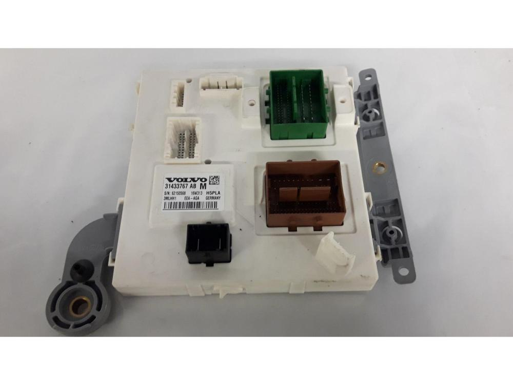 medium resolution of volvo xc90 2014 on fuse relay box 31433767 warranty 7407768