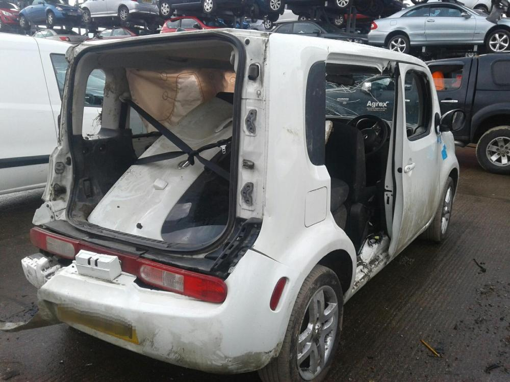 medium resolution of  nissan cube 2010 on 5 door hatchback