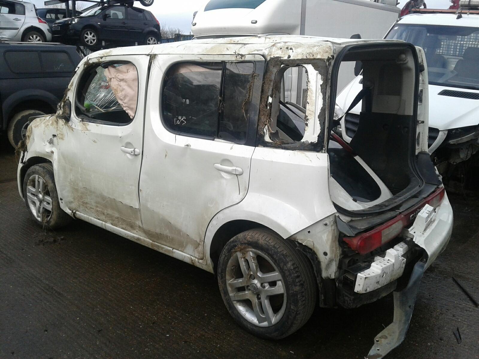 hight resolution of  nissan cube 2010 on 5 door hatchback