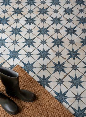 scintilla sapphire star pattern tiles