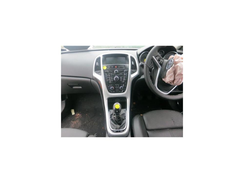 medium resolution of vauxhall astra gtc 2011 on 3 door coupe