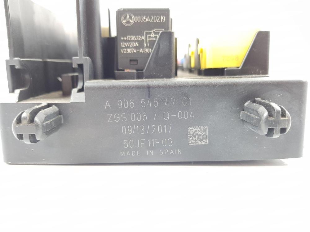 medium resolution of 2013 on 906 mercedes sprinter fuse relay box unit a9065454701 2 1 diesel