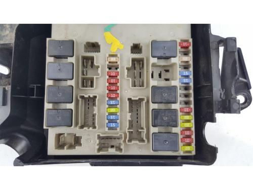 small resolution of  2009 2012 mk3 renault clio fuse box 902663 2 0 petrol renaultsport