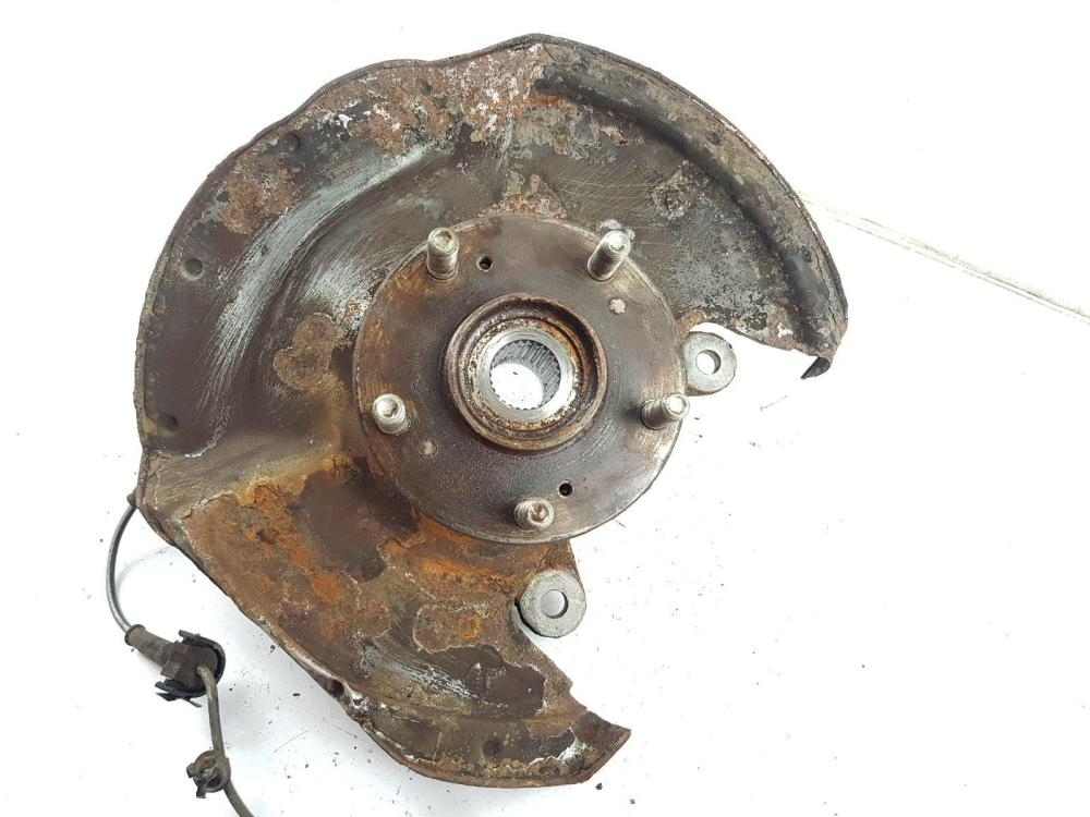 medium resolution of  2006 2010 mk8 honda civic front wheel hub rh driver side 2 2 diesel