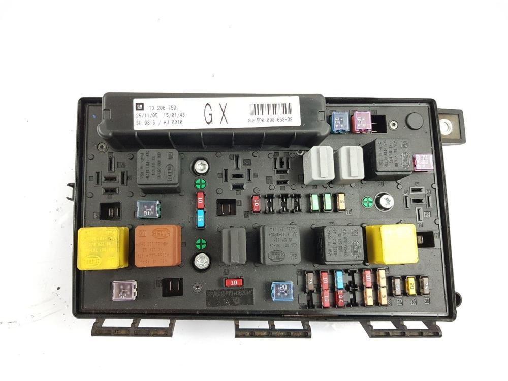 medium resolution of vauxhall astra 2004 to 2006 fuse box petrol manual for sale from2004 2011 mk5