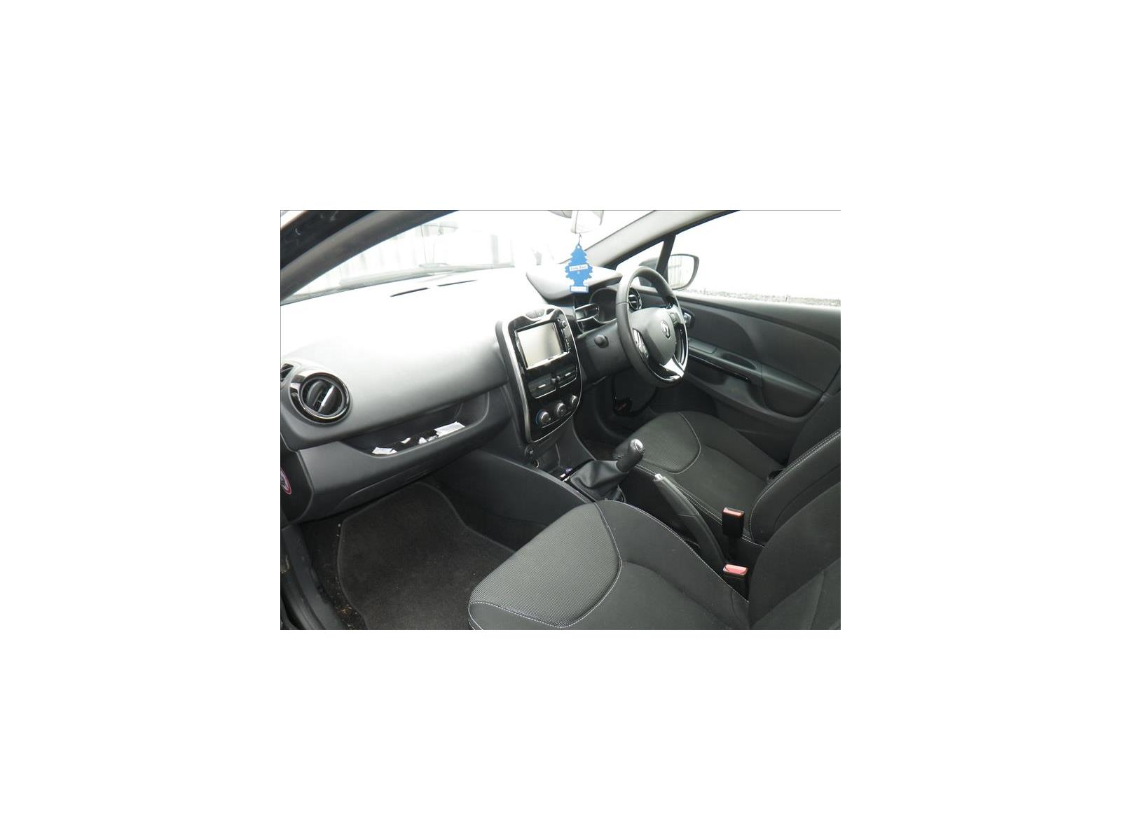 hight resolution of  renault clio 2013 to 2016 fuse box