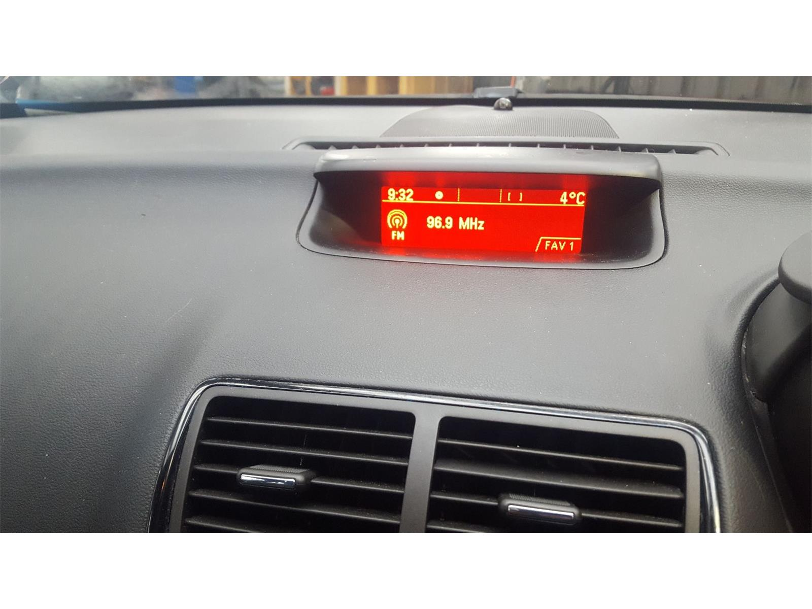 hight resolution of  vauxhall meriva 2010 to 2014 fuse box