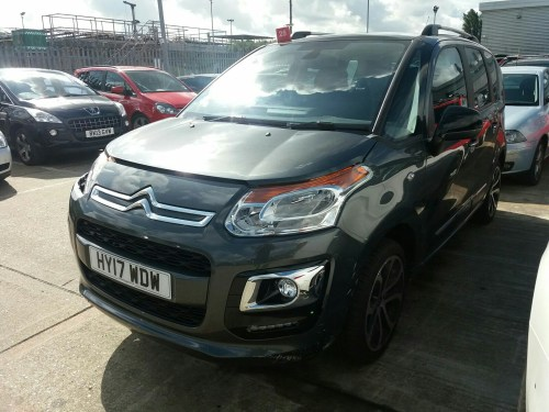 small resolution of citroen c3 picasso 2013 on platinum puretech 110 bonnet landing panel