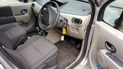 small resolution of renault scenic fuse box location 2004