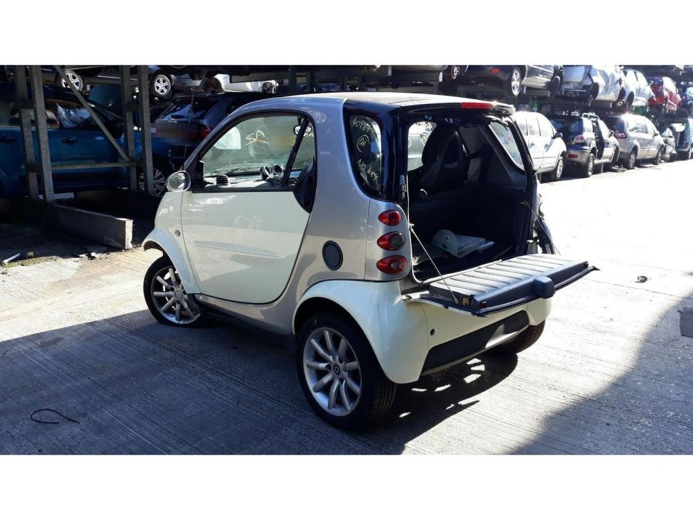 medium resolution of smart fortwo 2001 to 2007 passion 3 door hatchback scrap salvage car for sale