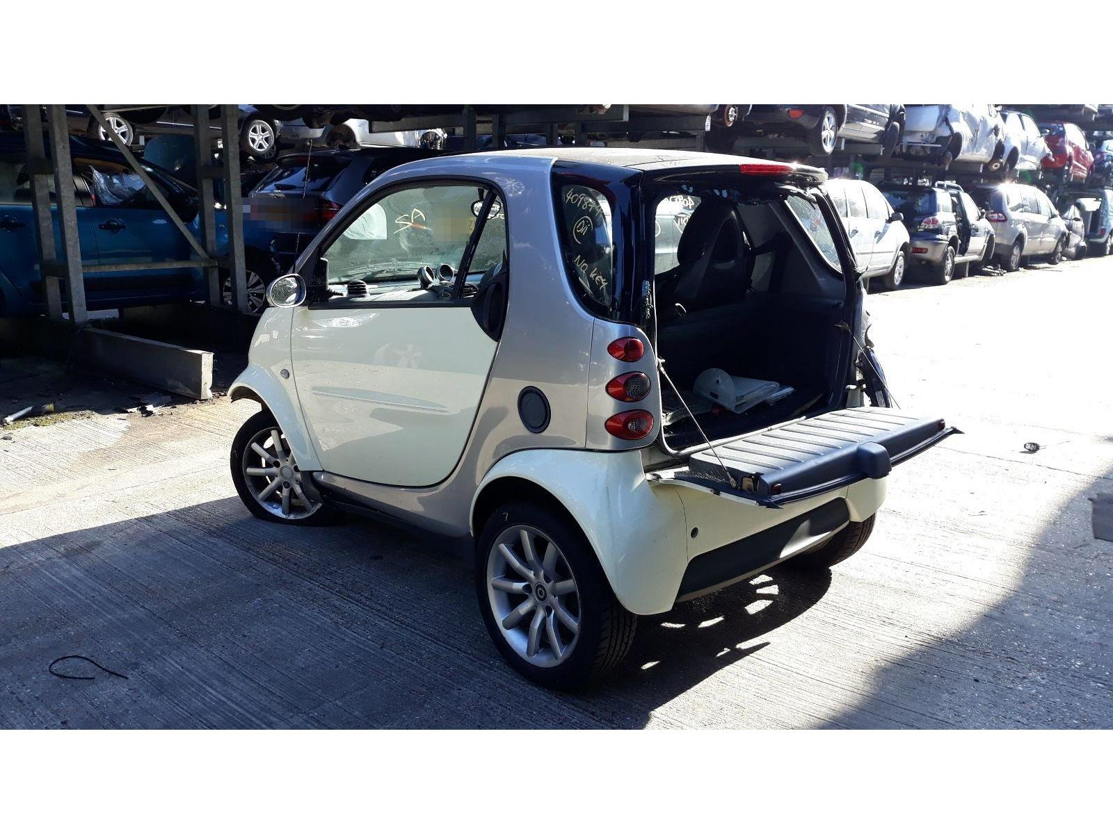 hight resolution of smart fortwo 2001 to 2007 passion 3 door hatchback scrap salvage car for sale