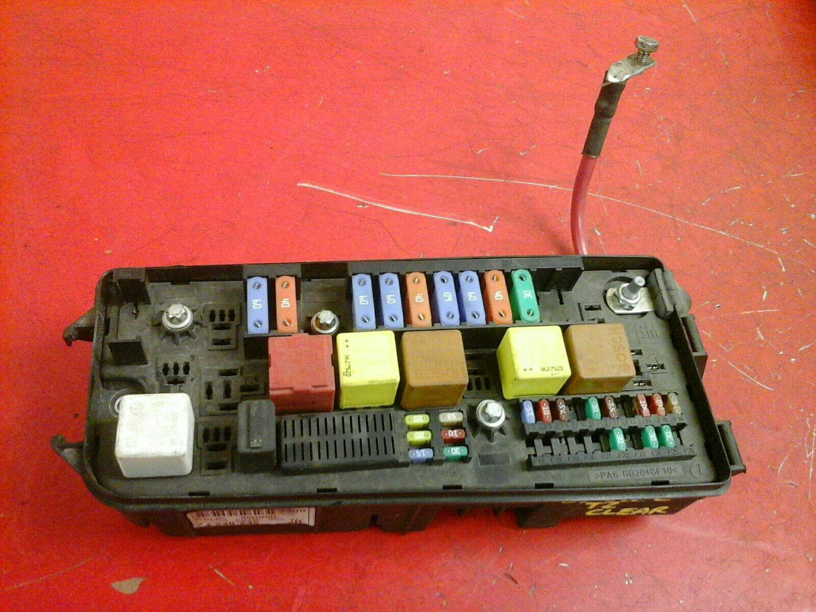hight resolution of vauxhall vectra c signum uec fusebox underhood electrical center jh 2002 2009