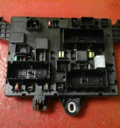 vauxhall astra j mk6 rec rear fuse box 2010 2015 365927271 uj ident [ 1600 x 1200 Pixel ]