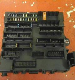 vauxhall vectra c rear fuse box [ 1600 x 1200 Pixel ]