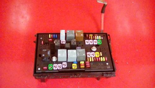 small resolution of vauxhall zafira c tourer front electric control uec 19k fuse box xa 11 17