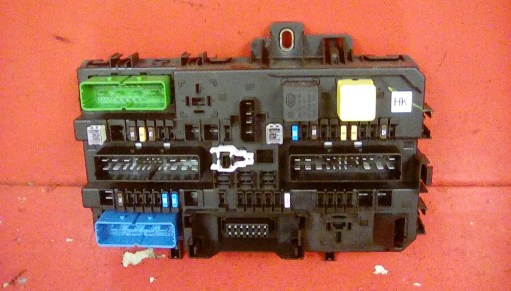 medium resolution of vauxhall astra mk5 h zafira b rear electric control rec hk fuse vauxhall zafira b rear fuse box