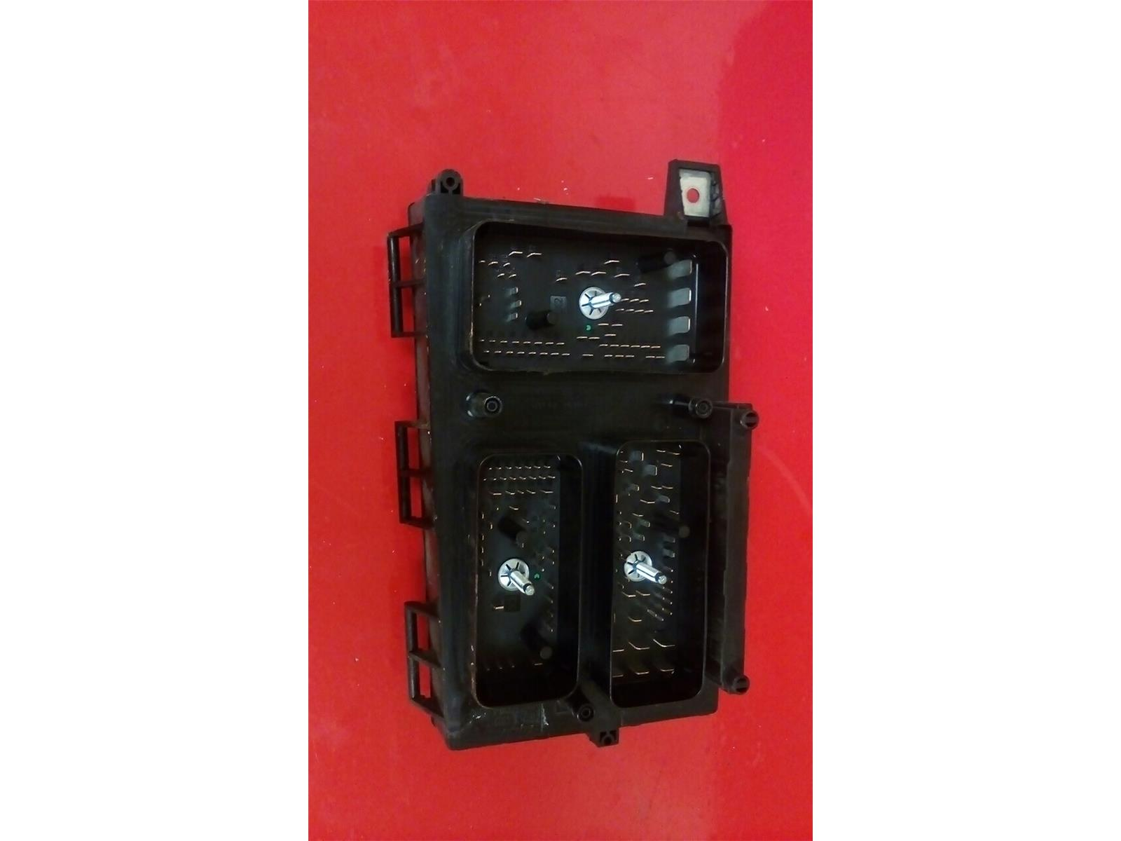hight resolution of vauxhall astra h mk5 front bcm uec electric control bw fuse box 2004 2010