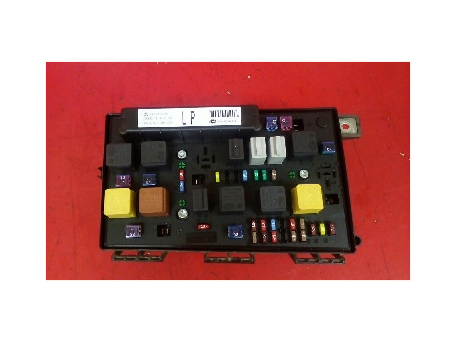 hight resolution of vauxhall astra h zafira b front bcm uec electric control fuse box lp 2004 2010
