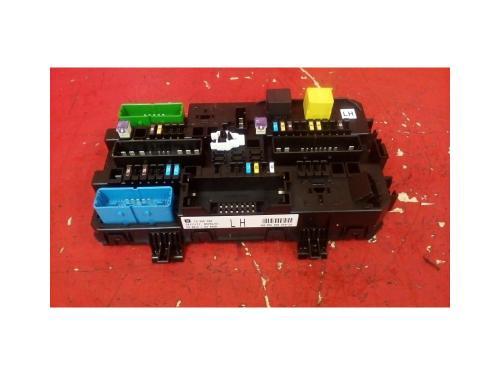 small resolution of vauxhall astra mk5 h zafira b rear electric control rec fuse box lh 04 10