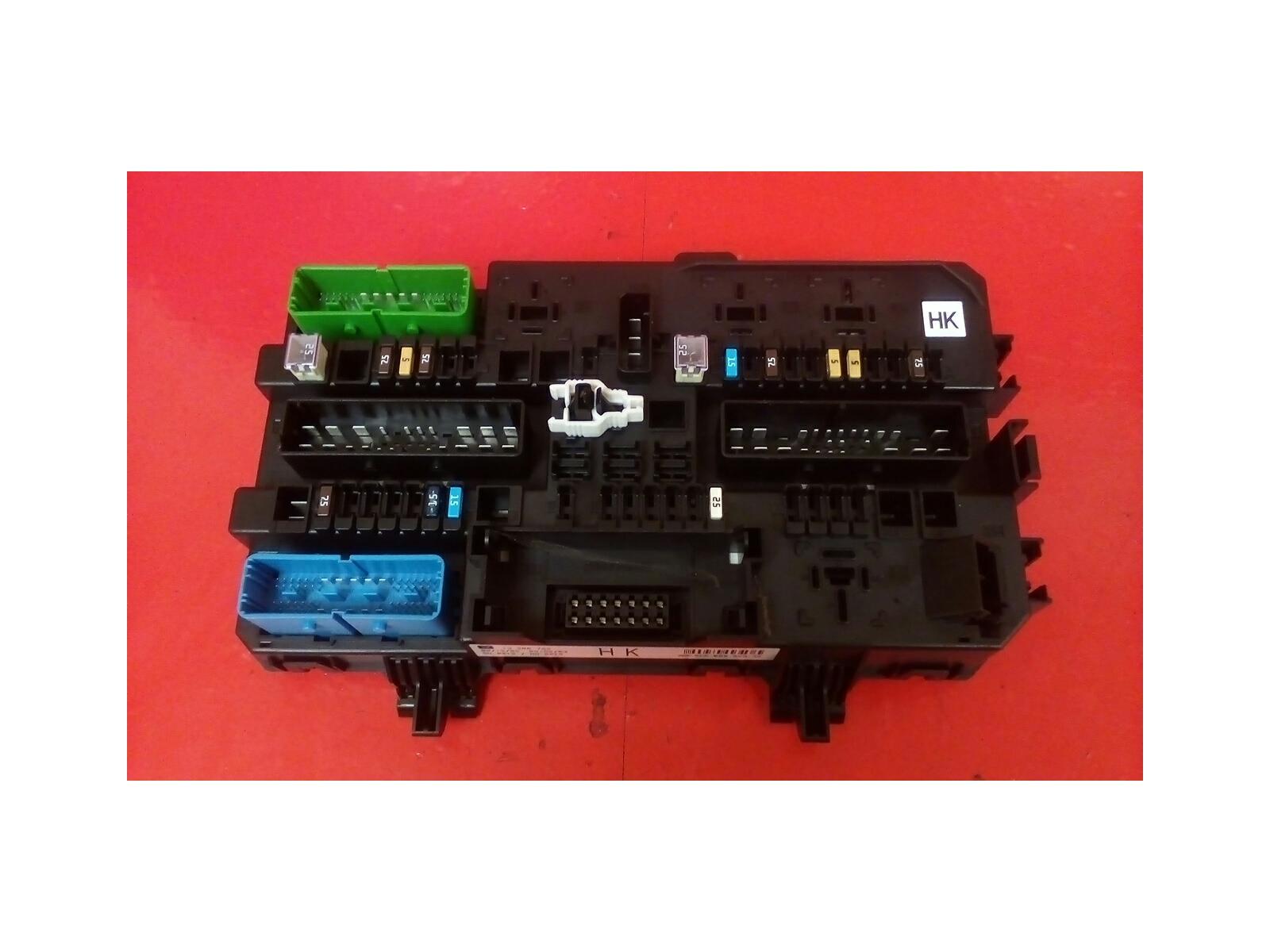 hight resolution of vauxhall astra mk5 h zafira b rear electric hk control rec fuse box 2004 10