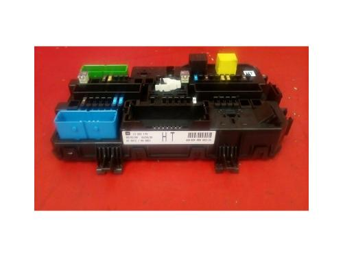small resolution of vauxhall astra mk5 h zafira b rear electric control rec ht fuse box 2004 2010