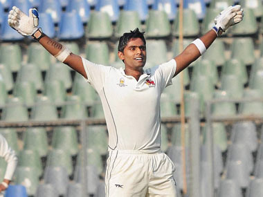 Lucky Mumbai qualify for Ranji Trophy quarters