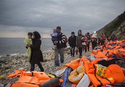 https://i0.wp.com/s3.freebeacon.com/up/2015/12/Syria-Migrants-and-Refugees.jpg