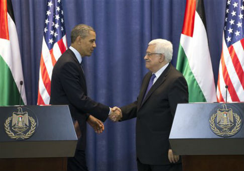Former U.S. President Barack Obama, left, and Palestinian President Mahmoud Abbas / AP