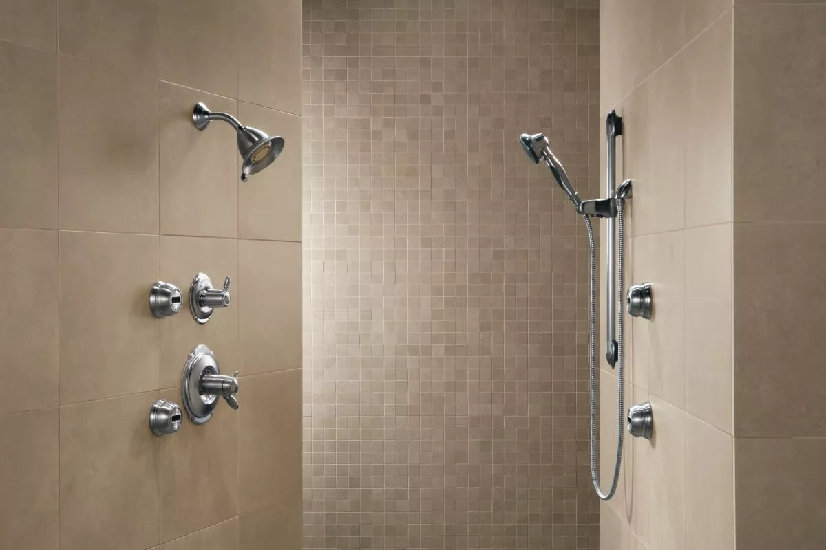 Faucetcom  50560SS in Brilliance Stainless by Delta