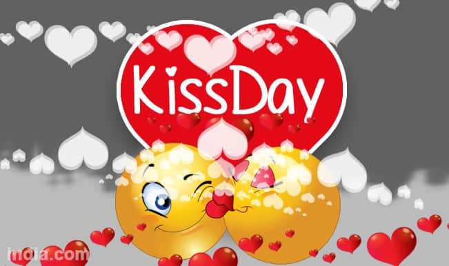 Happy Kiss Day 2015 Best Kiss Day SMS WhatsApp