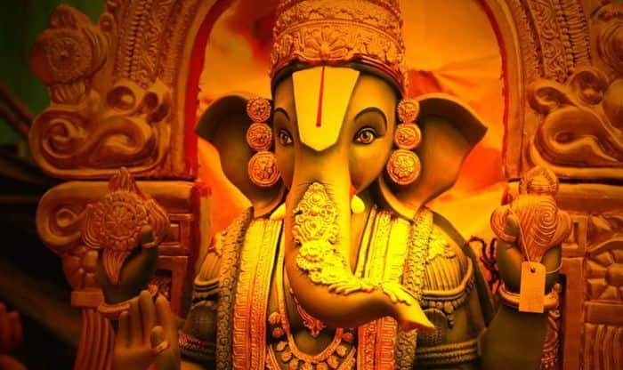 Do You Know Why Some Ganpati Idols Have Their Trunk On The Right Some Left And Some Straight India Com