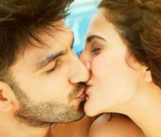 Which Zodiac Sign Is The Best Kisser This Is What Your Stars Tell About Your