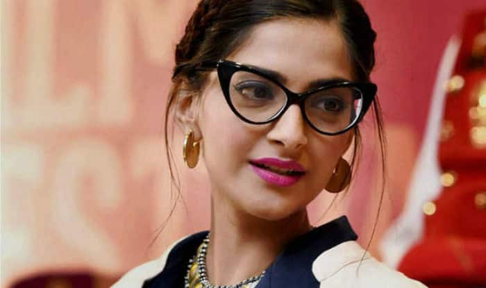 Twitterati Trolls Sonam Kapoor As She Tries To Define