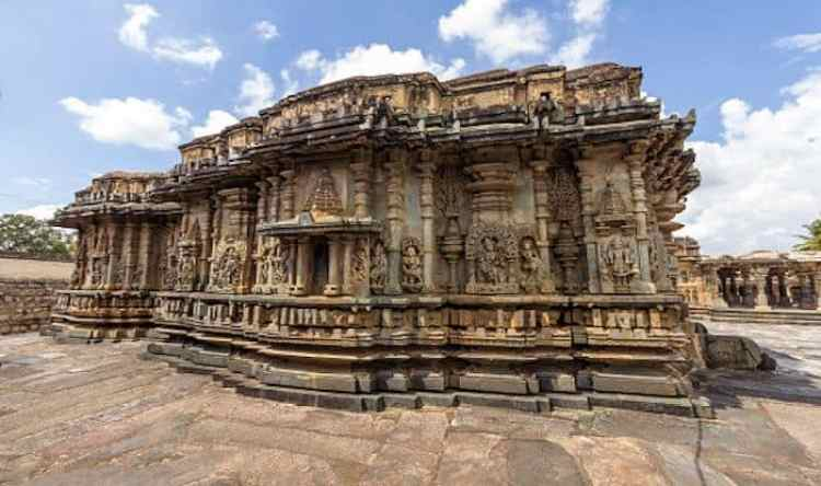 Halebidu - the least visitedplace in India