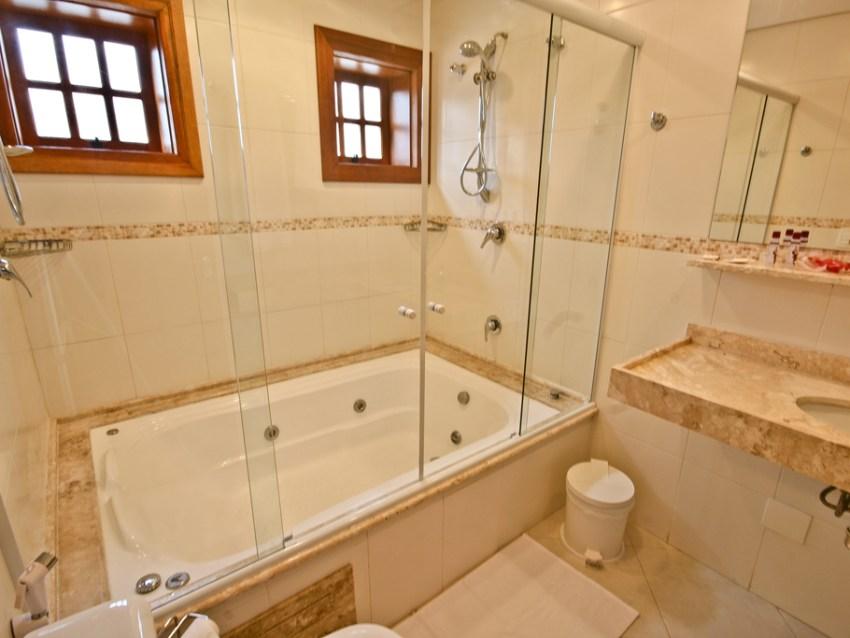 Banheiro Pousada Campos dos Holandeses