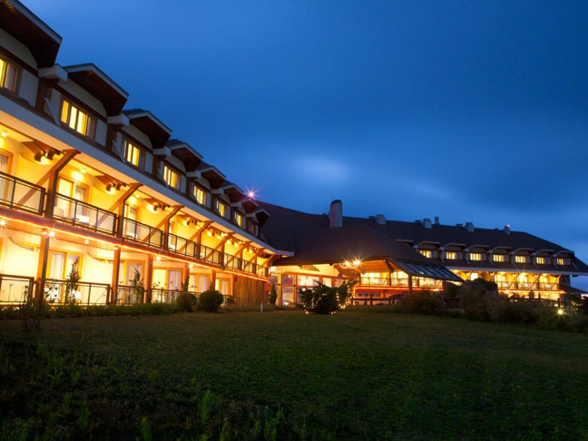 Fachada Blue Mountain Hotel Spa Campos do Jordao